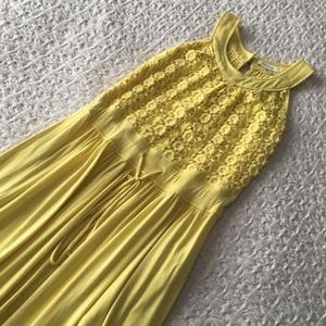 Calvin Klein 👗 flowy yellow crochet detail sz 10